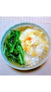 小松菜と卵のっけもずくうどん味噌汁